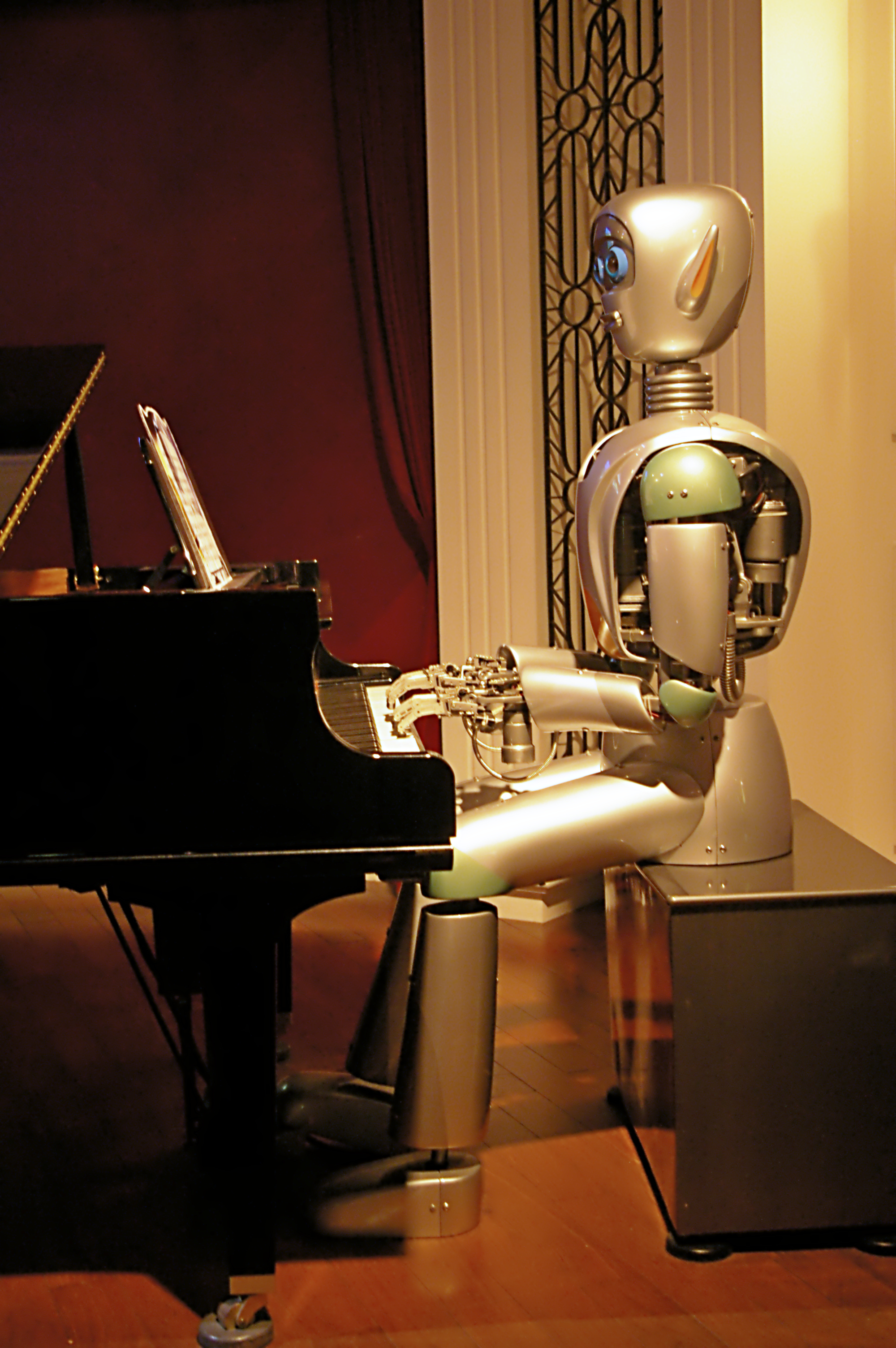 20090829_Robot_in_Shanghai_Science_and_Technology_Museum_3985